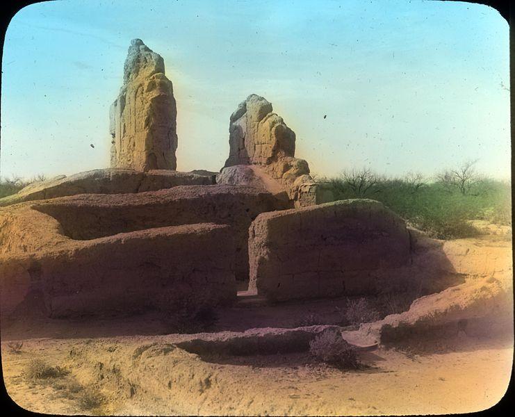 casa_grande_ruins_in_arizona_3655745594